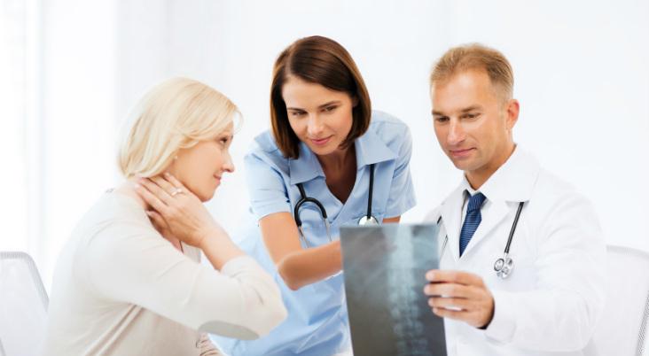 orthopedic-evaluation.-Arkansas-Surgical-Hospital.-iStock