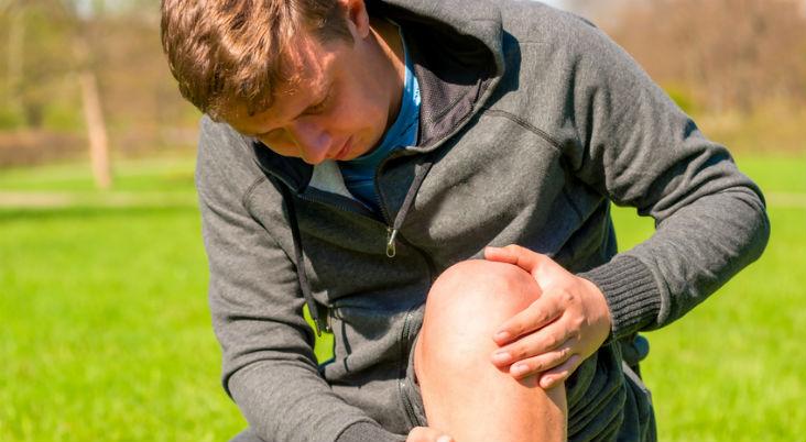 sore-knee-joints-knee-bone-pain-knee-pain-treatment-Arkansas.-Arkansas-Surgical-Hospital